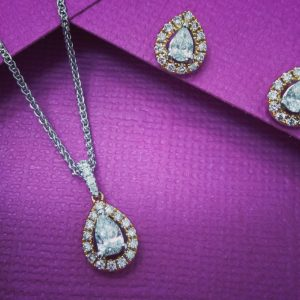 diamond necklace pendant
