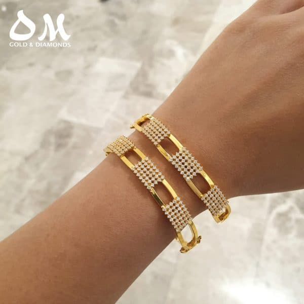 22kt Rectangular Clip-On Bangle jewellery stores perth