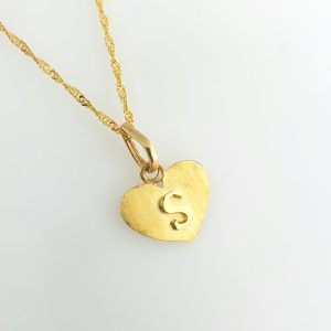 22k Heart Brushed Effect Letter Pendant gold jewellery australia